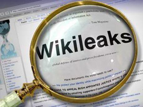 Засновник WikiLeaks відкидає факт знайомства з військовослужбовцем