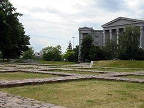 На місці Десятинної церкви хочуть побудувати новий храм