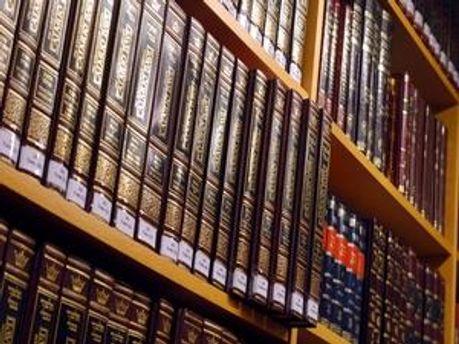 МЗС хоче створити в Росії нову бібліотеку
