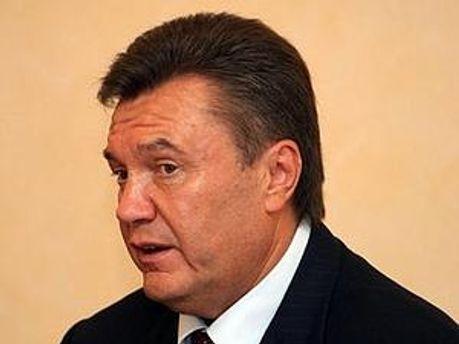 Янукович прилетів з Японії