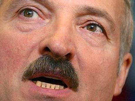 Лукашенко обіцяє продовжити курс Білорусі