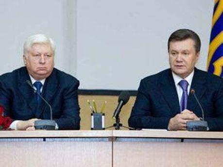 Віктор Пшонка і Віктор Янукович
