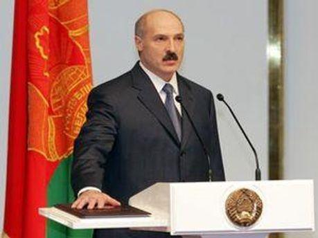Олександр Лукашенко вкотре клянеться стояти на зисті прав та свобод білоруського народу