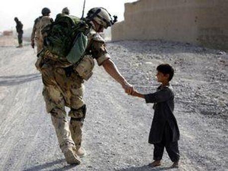 Канадські солдати залишають Афганістан