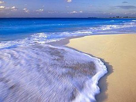 За работу тестер пляжей получит 4000 евро