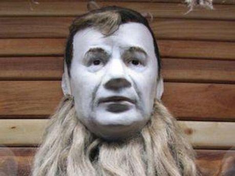 Віктор Янукович став Карабасом-Барабасом