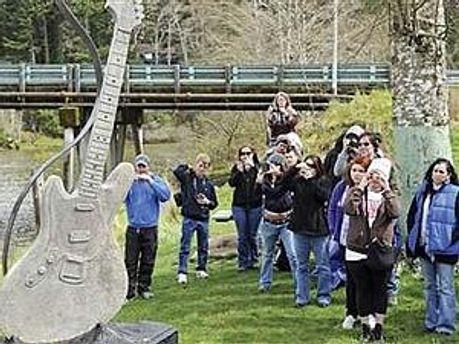 Бетонная скульптура установлена в парке города Абердин в штате Вашингтон