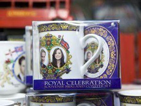 Подарунковий набір із королівськими молодятами