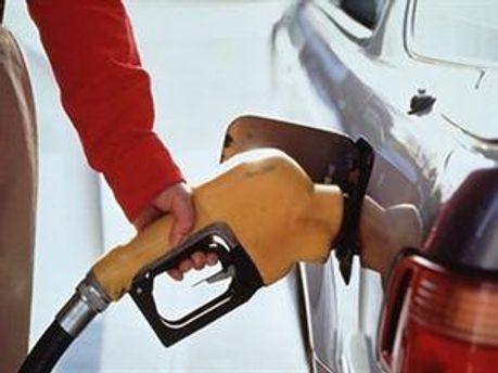 9,85 гривень — за літр А-95 та 9,35 - за літр дизельного пального