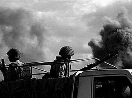 Троє пакистанських солдатів також загинули