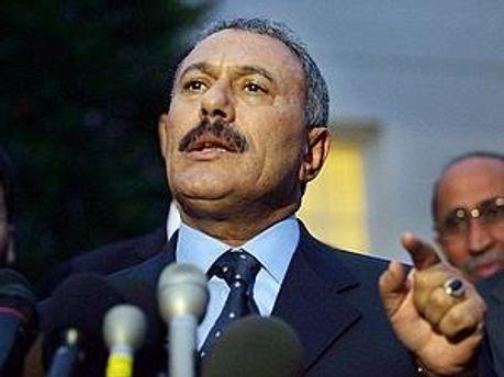 Салех согласился на предложение стран Персидского залива