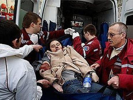 В результате теракта, 12 человек погибли