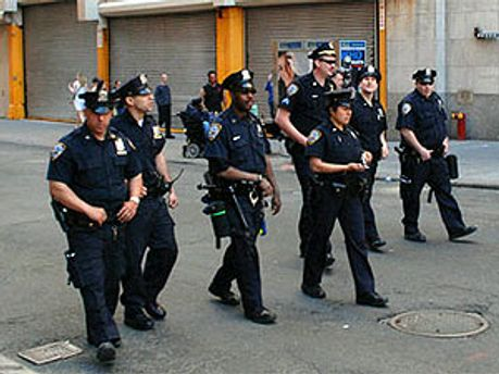 поліція нарахувала 10 трупів
