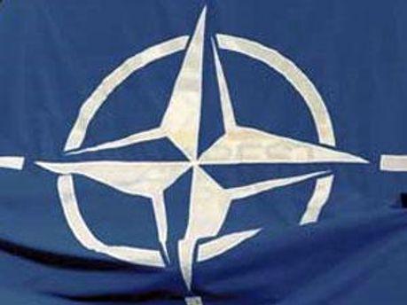 Сегодня министры НАТО будут говорить о Ливии