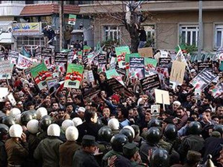 Сирійська поліція застосувала сльозогінний газ