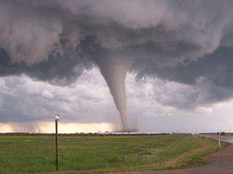 Торнадо у США