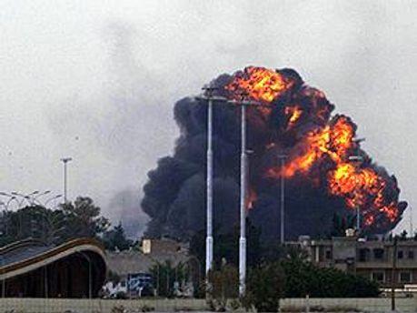 У Лівії триває бомбардування