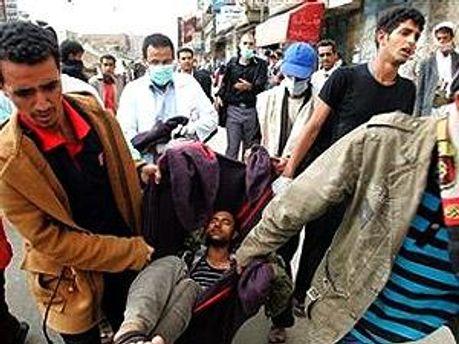 В Йемене стреляют по демонстрантам