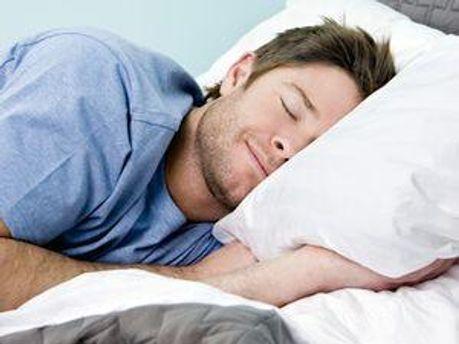15 минутный сон днем улучшает здоровье