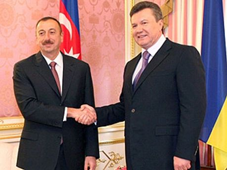 Янукович поручил создать УКЦ