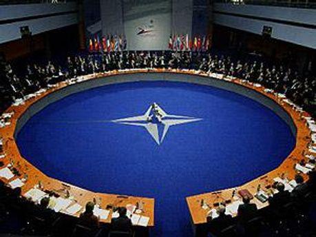 В НАТО розповіли про плани в Лівії