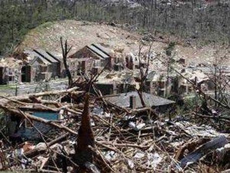 Местность после торнадо