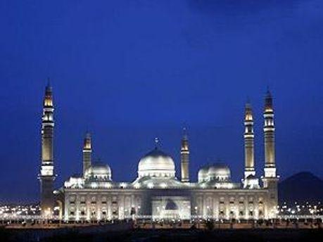 На мечеть напали, когда в ней был Президент