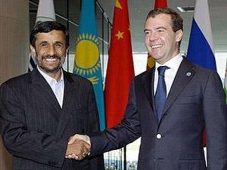 Махмуд Ахмадинеджад и Дмитрий Медведев