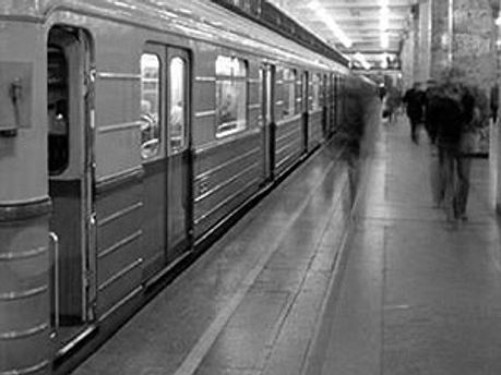 У метро Києва були проблеми