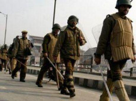 Индийские полицейские предотвратили взрыв