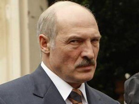 Сфери впливу Лукашенка скорочують