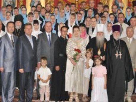 Гості та випускники свята
