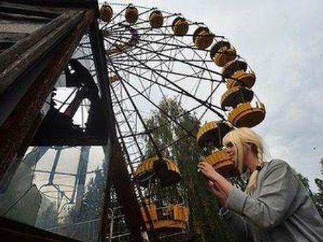 Чернобыльскую зону закрыли минимум на неделю