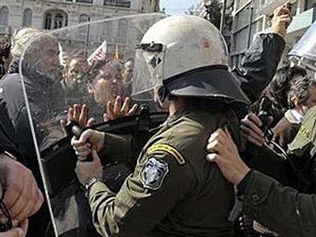 Поліція застосовувала сльозогінний газ