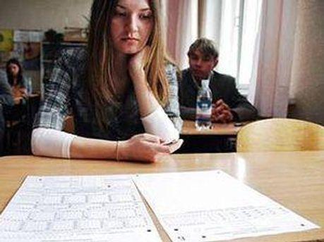 Школярів просять не забути документи для пред'явлення на вході