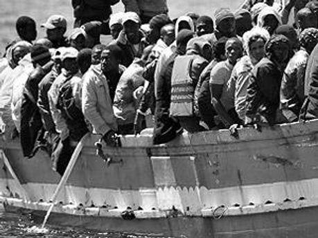200 біженців зникли безвісти