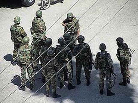 Солдати вбили щонайменше 11 людей