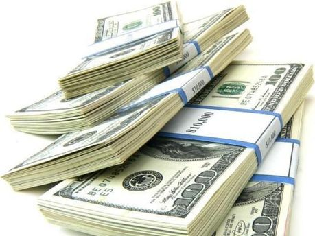 У стабільності долари зацікавлені всі