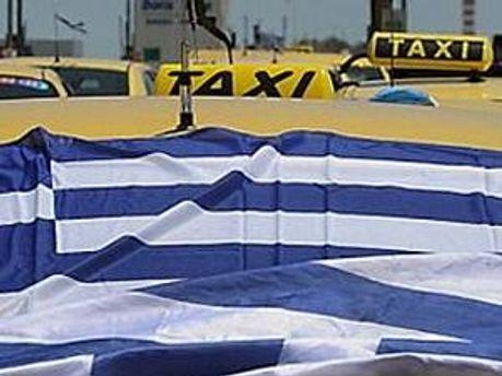 Греческие таксисты бастуют