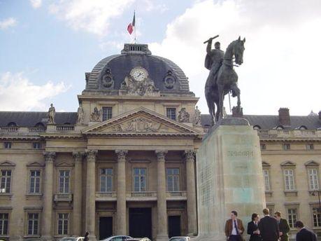 В правительстве Франции заговорили о
