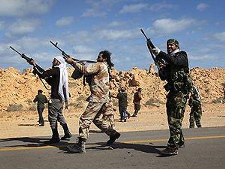Ливийских повстанцев вынудили отступить