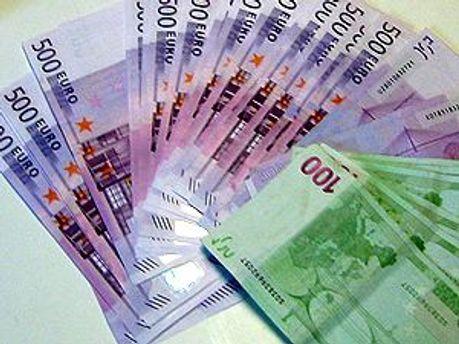 Несколько тысяч евро женщина взяла на оплату услуг киллера