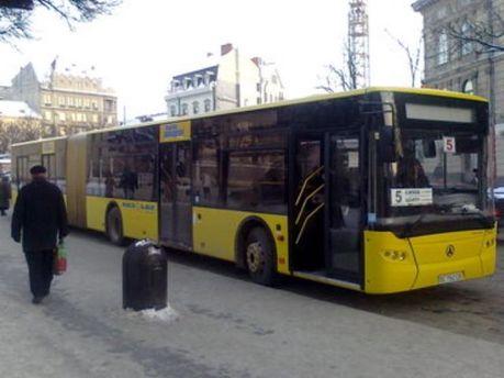 Уряд буде розвивати автотранспорт