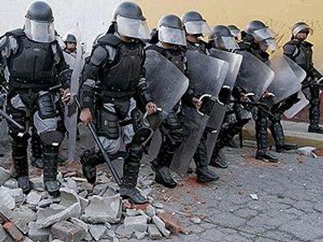 Полицейские уволились из-за нападений со стороны мафии