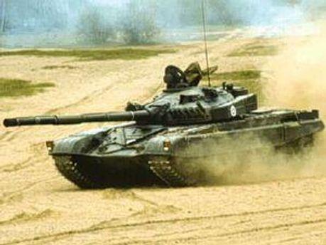 Сирийские танки штурмуют оппозиционный город