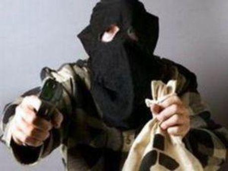 Грабители были в масках, им удалось скрыться