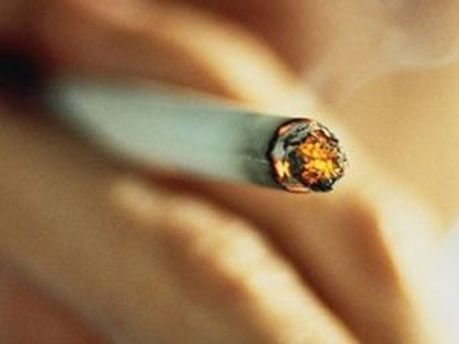 Курильщикам трудно избавиться от вредной привычки