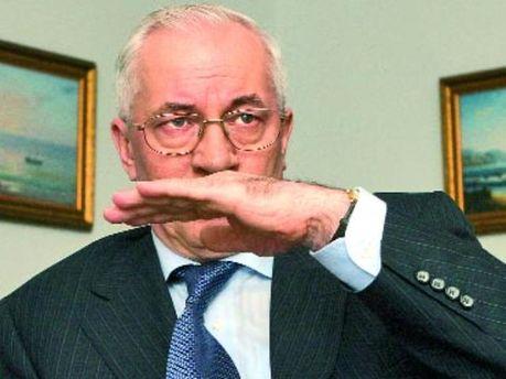 Азаров готовит украинцев к новому кризису?