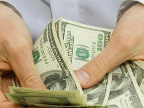 Украинцы не будут избавляться от доллара