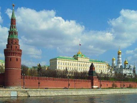 Официальному Кремлю есть над чем задуматься